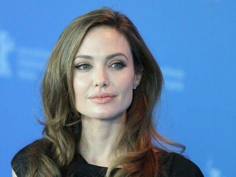 Анджелине Джоли удалили обе груди